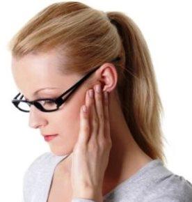 ganglions lymphatiques Inflamed derrière l'oreille